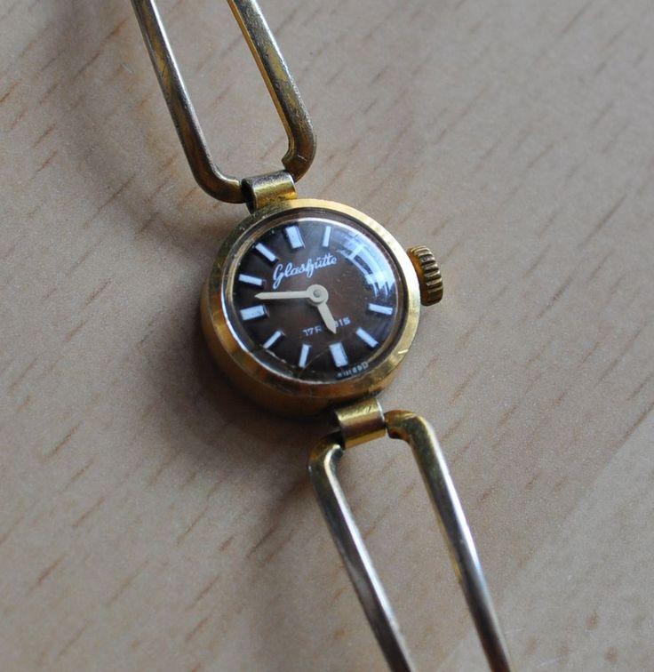 Vintage GUB Glashutte 17 Rubis Germany GDR Miniature LADIES WOMAN Wristwatch #Glashutte #Casual