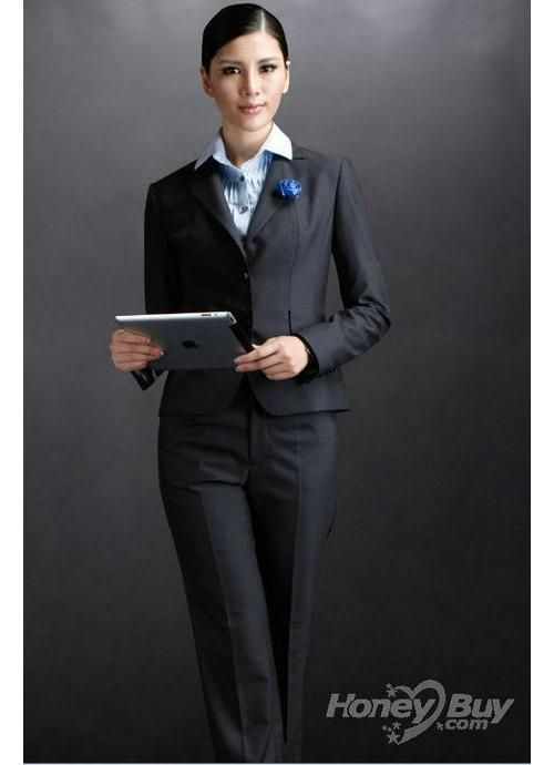 Simple black suit. An excellent choice for interviewing.