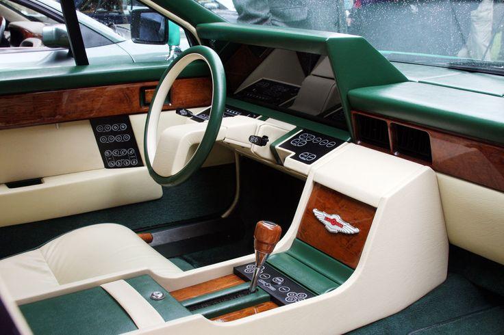 Aston-Martin-Lagonda-Serie-2-dash-3