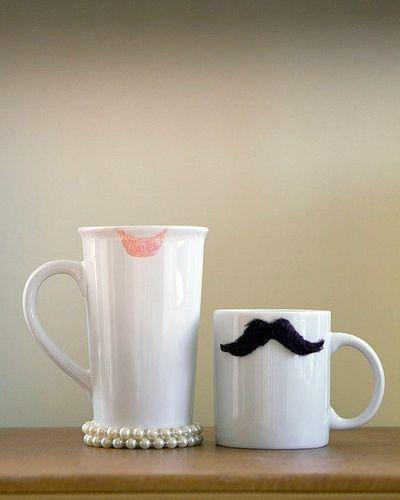 Mr & Mrs Mugs - tache & lipstick