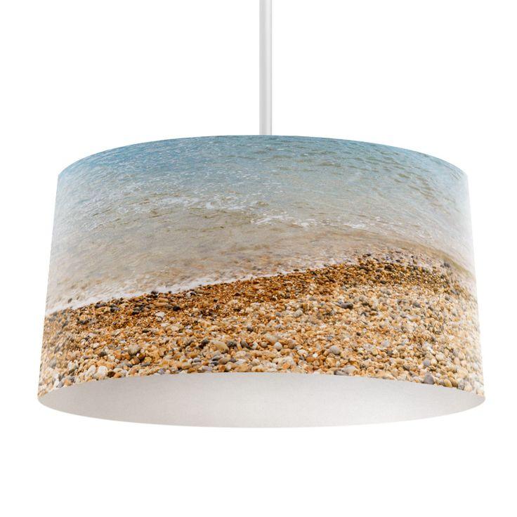 Lampenkap Kustlijn | Bestel lampenkappen voorzien van digitale print op hoogwaardige kunststof vandaag nog bij YouPri. Verkrijgbaar in verschillende maten en geschikt voor diverse ruimtes. Te bestellen met een eigen afbeelding of een print uit onze collectie.  #lampenkap #lampenkappen #lamp #interieur #interieurdesign #woonruimte #slaapkamer #maken #pimpen #diy #modern #bekleden #design #foto #kust #strand #zee #vakantie #zomer