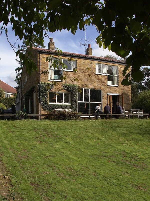 Alison & Peter Smithson | Sugden House | Watford | 1956