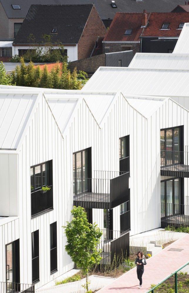 Flip around location norm 20 minimalist house for Minimalist residential architecture