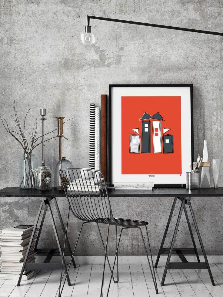 """Open Houses Red har en moderne koralrød baggrund. Plakaten er minimalistisk i sit udtryk og leger med en sjov og meget konkret afkodning af """"åbent hus"""". Kom i godt humør af denne plakat, der er designet i nordisk stil og kombinerer foto, rene koksgrå flader og kreative streger."""