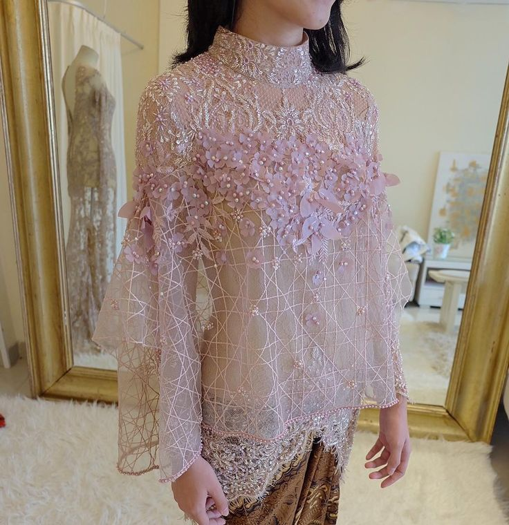 "2,496 Likes, 82 Comments - Myrna Myura (@myrnamyura) on Instagram: ""Kebaya for Engagement . . @alfiandavici"""