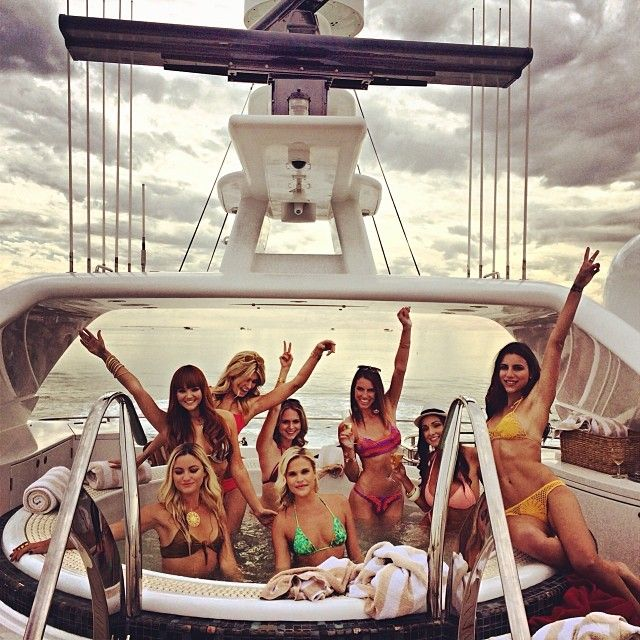Entourage Movie Yacht Party: The Bikini-Clad Behind the Scenes Photos Revealed - The Roosevelts