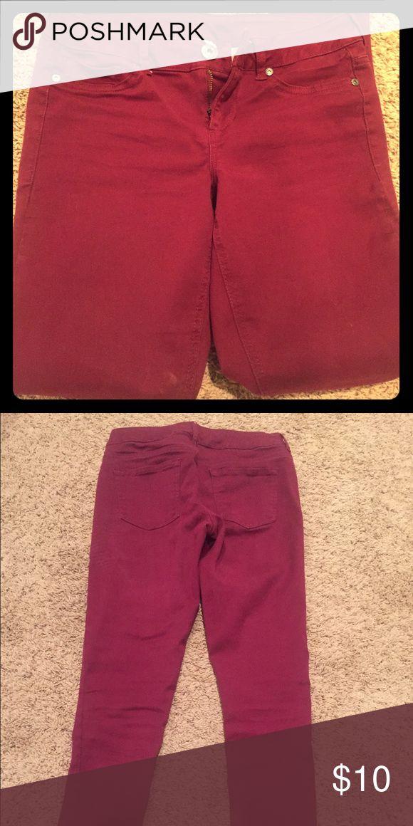 Women's maroon skinny jeans. Size 4 Women's Maurice's skinny jeans. Maroon size 4-small Maurices Jeans Skinny