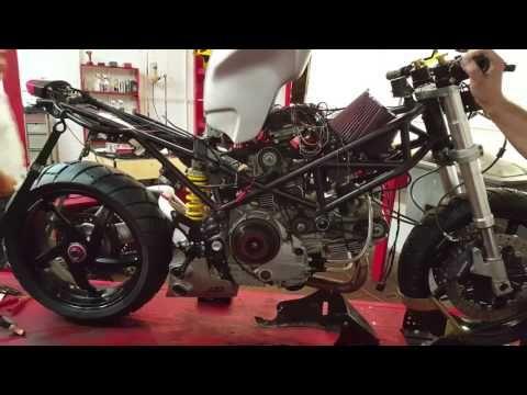 MV Agusta Dragster 800RR - YouTube