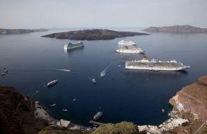 Santorini port, Old port Santorini, Athinios port Santorini, Taxi Santorini, Buses Santorini, Bus Santorini