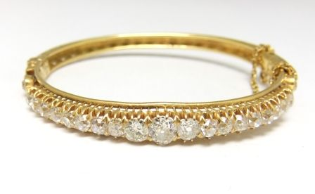 18ct diamond Victorian bangle