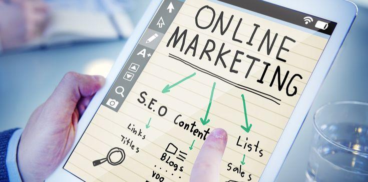 Obserwując trendy w zainteresowaniu tematem content marketingu – wyraźnie widać, że nie jest to już nowa dziedzina. Marketerzy zaczęli intensywne poszukiwania rozwiązań contentowych już pod koniec 2011 roku. Rok 2016 i 2017 – to jednak zwiększenie dynamiki poszukiwań a co za tym idzie – również rozwój podaży ofert content marketingowych i firm z tej dziedziny.