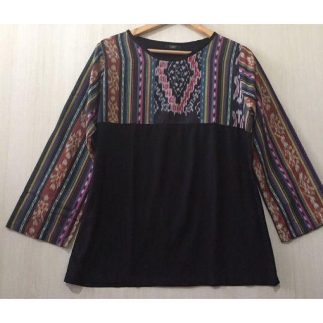 Temukan Atasan/blouse Tenun ikat dengan potongan 5%! Hanya Rp 137.750. Dapatkan segera di Shopee! http://shopee.co.id/imanggoethnic/41014218 #ShopeeID