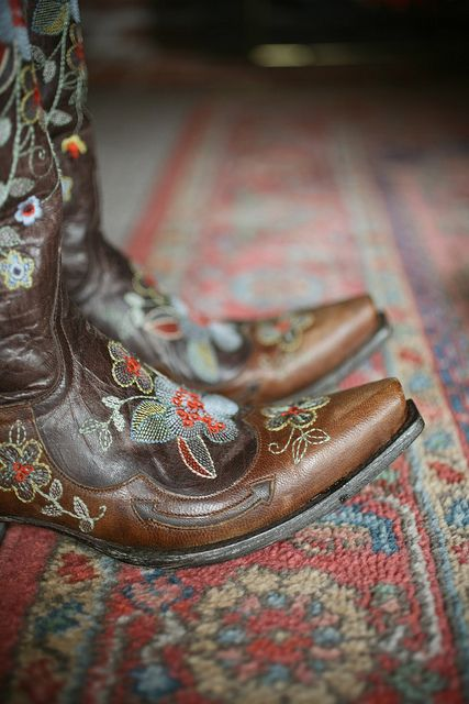Kelly Rae Roberts Boots: Cowgirl Boots, Southwest Gypsy, Boots Victoria, Dreams Boots, Country Westerns Cowgirl, Cowgirl Fashion, Desert Rose, Cowboys Boots, Old Gringo Boots