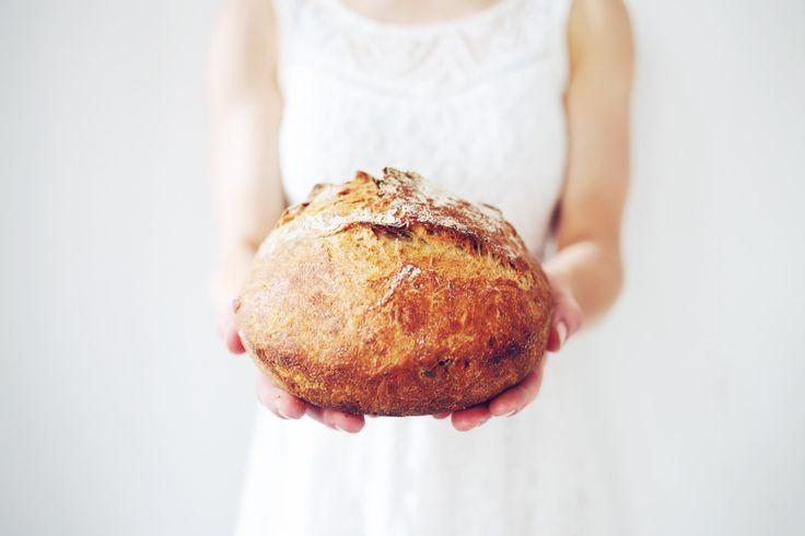 gezond brood van spelt en boekweit, je zet 's-avonds alles klaar en 's-morgens bak je het af in de pan, leuk!