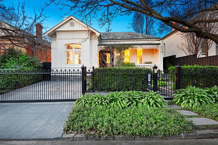 Curb appeal is so important when selling a home Bon Habitat Project management for Pre-sale Sth Yarra
