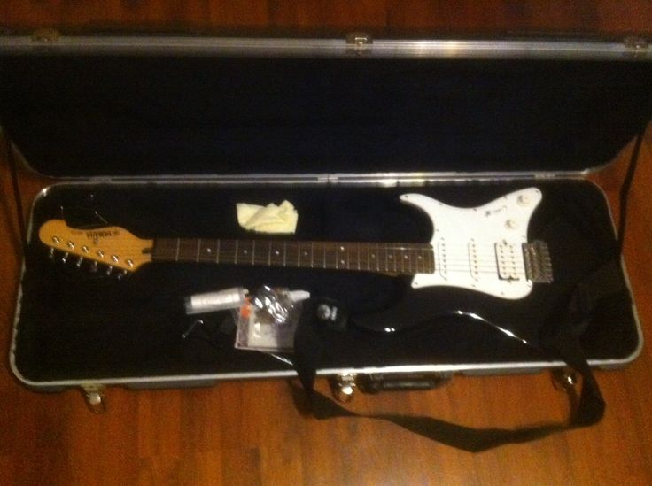 Yamaha Electric Guitar in Brian_yard_sale Sale Bono, AR for $150.00. Black/White Electric Yamaha Guitar for sale. asking 150.00 Price includes case