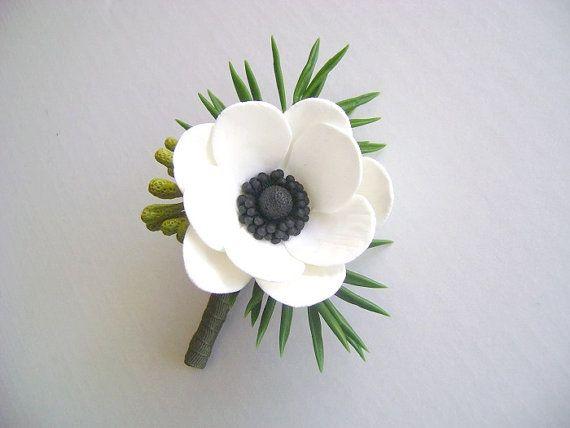 Anémona blanca flor en el ojal. Boutonniere de novio/Bestman. Flor de la arcilla de boda