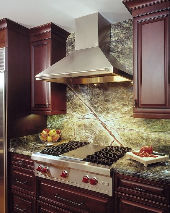 Granite Kitchen Countertops With Backsplash: Rainforest Green Granite Backsplash. . . Love It