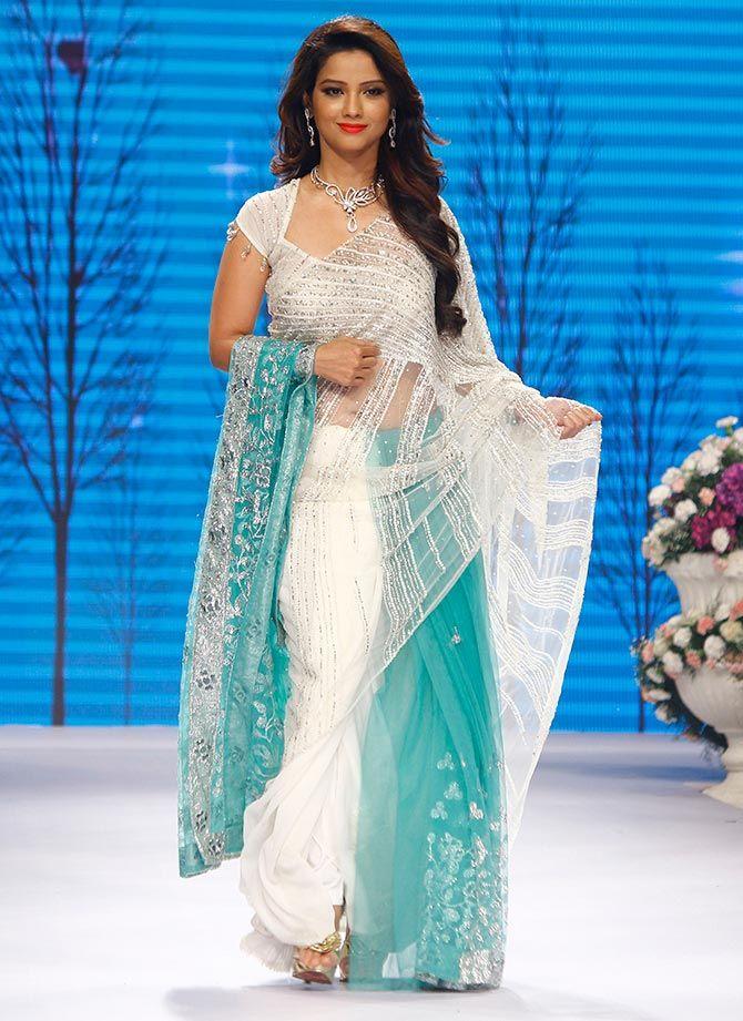 Adaa Khan Tv Actress Hot Images