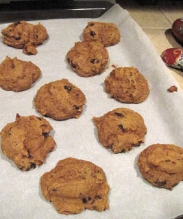 It's Hip to Be Healthy: Low-fat Pumpkin Chocolate Chip cookies