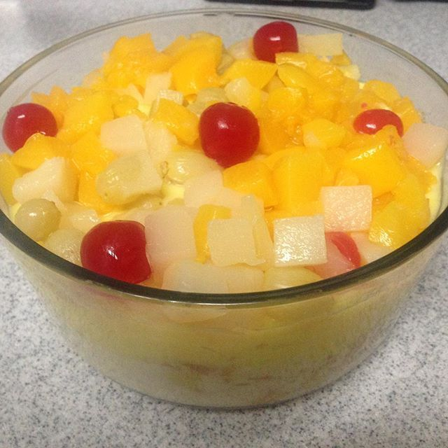 Fruit trifle! I've used lady finger cookies as a base. #latincook #nationaldessertday #yummy #lovefood  Yummery - best recipes. Follow Us! #nationaldessertday