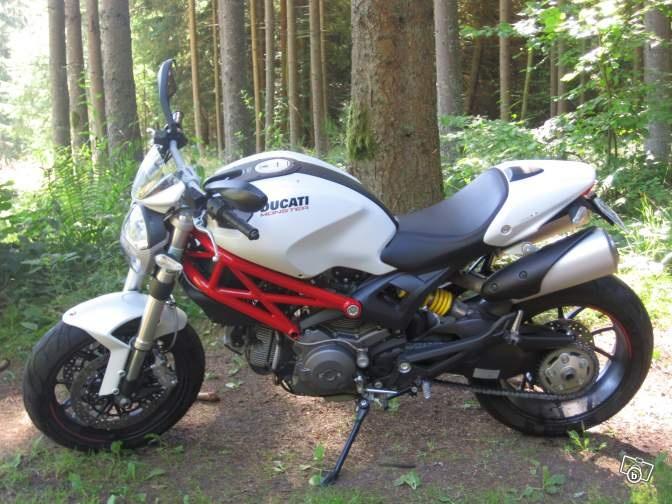 Ducati Monster 796 - 2011 - URGENT Motos Bas-Rhin - leboncoin.fr