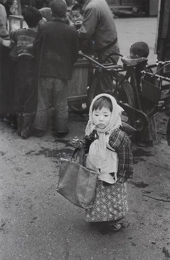 Preparing for shopping, Tokyo, 1955, (By Takeyoshi Tanuma / Japanese, born in 1929.)