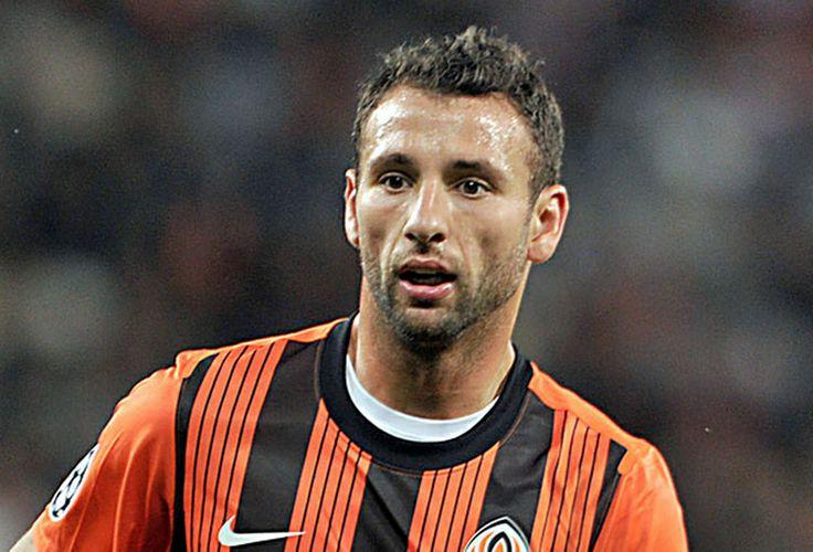 Η πρώτη μεταγραφή για τη σεζόν 2014-2015 είναι ο Ράζβαν Ρατς, διεθνής Ρουμάνος ποδοσφαιριστής με υψηλές παραστάσεις στη χώρα του αλλά και στην Ευρώπη