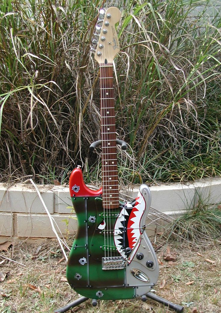 158 best my custom painted guitars images on pinterest painted guitars jet and stratocaster. Black Bedroom Furniture Sets. Home Design Ideas