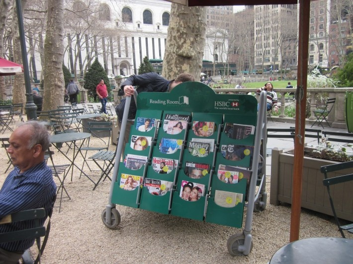 Outdoor magazine swap at the New York public library