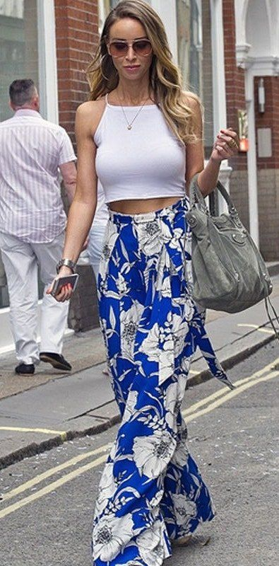 Lauren pope has spared these gorgeous blue floral palazzo pants with a simple vest top. | 6 Style Tips On How To Wear Palazzo Pants