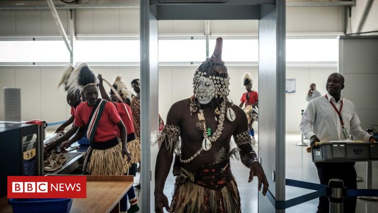 BBC World News: Africa's week in pictures: 24 February - 1 March 2018  ||  These are external links and will open in a new window Close share panel  A selection of the best photos from across Africa and of Africans elsewhere in the world this week. Image copyright AFP Image caption In Kenya, dancers observed all the necessary security protocols as they headed through Jomo Kenyatta International to welcome the FIFA World Cup trophy Image copyright…