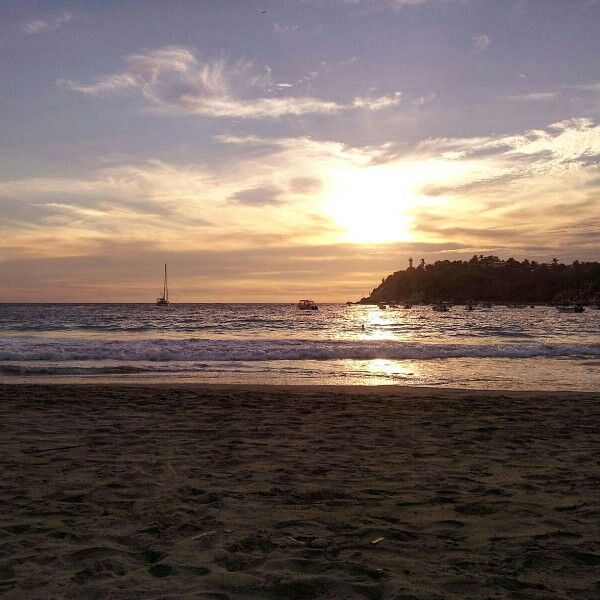 Puerto Escondido Sunset - sooooooo loving! <3