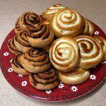 Még a hétvégén sütöttem ezeket a teljes kiőrlésű muffinokat, csak időszűke miatt ma sikerült a