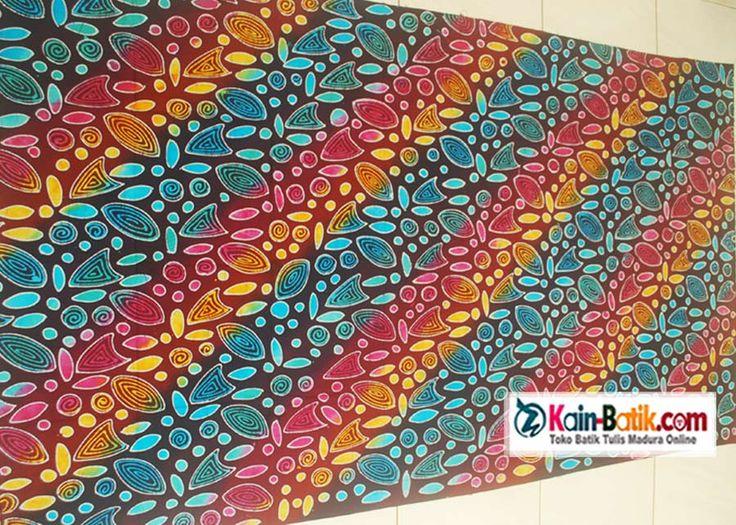 Batik Madura motif polkadot source: http://kain-batik.com