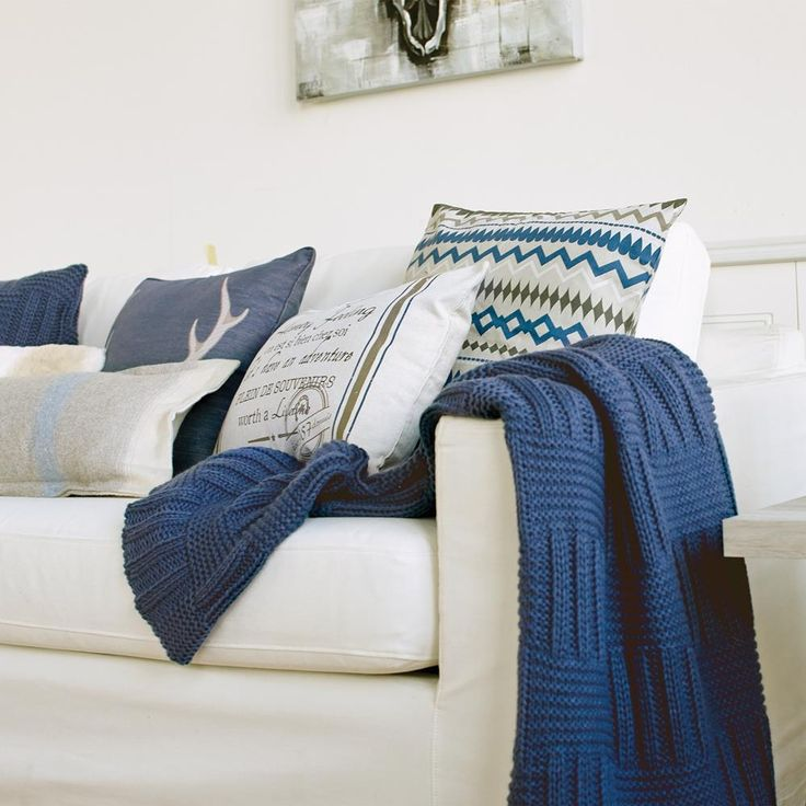 Keme Collection - Knit Throw/Throws/Home AccentsBouclair.com house Pinterest Pillows