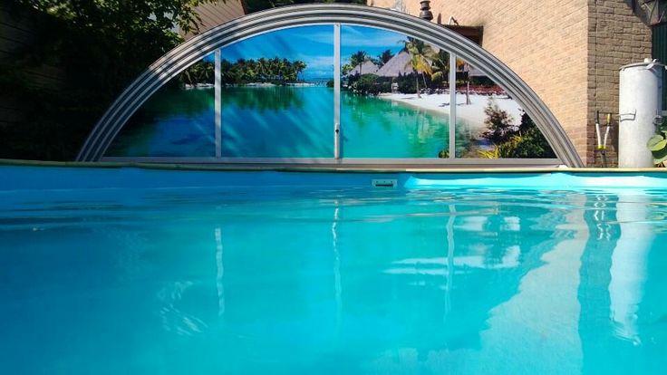 De nieuwe sticker op onze zwembadkap!