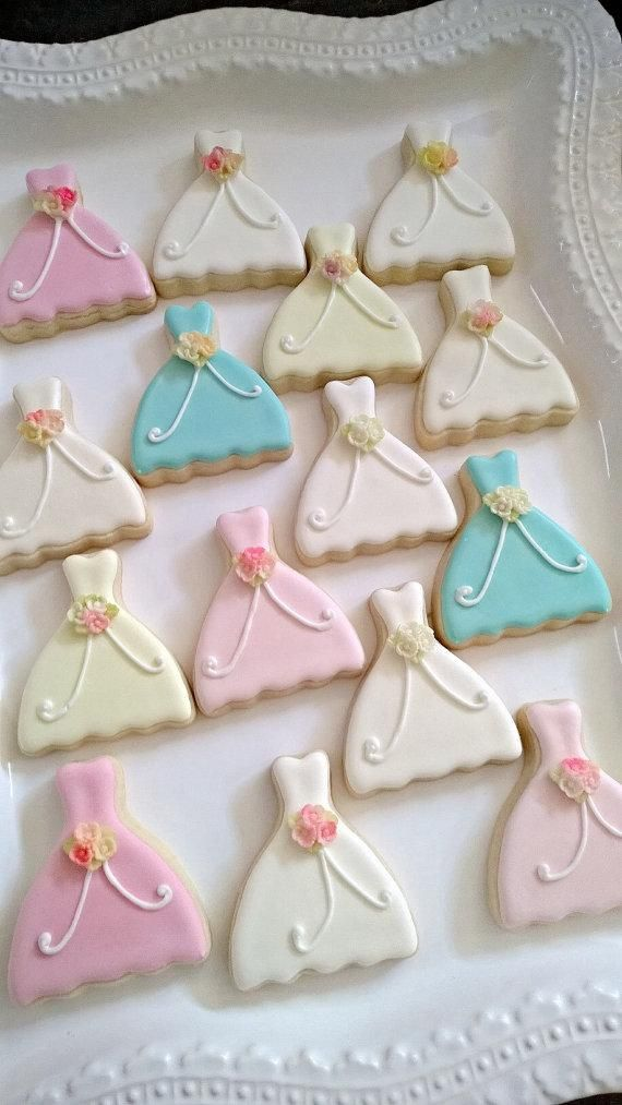 24 Petite Sized Dress Cookie Wedding Favors