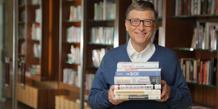 Перед Новым годом все подводят итоги, и основатель корпорации Microsoft Билл Гейтс не исключение. Вот пять книг, которые произвели на него сильное впечатление и удивили неожиданными идеями в 2016-м.
