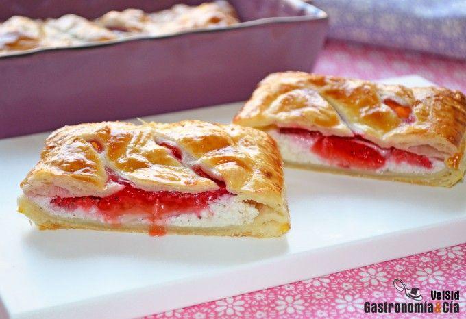 Pastelitos de fresas y requesón