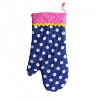 A fun polka dot oven glove designed by Bombay Duck