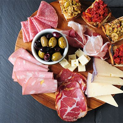 20 elegant pairings for your party guests. Our favorite combinations of wine, fruit, nuts, cheeses and our beloved Olives & Antipasti.