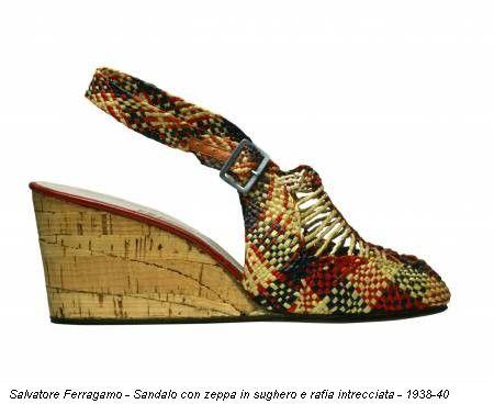 Salvatore Ferragamo - Sandalo con zeppa in sughero e rafia intrecciata - 1938-40
