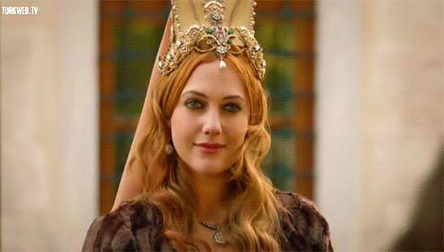 Tags mais populares para esta imagem incluem: sulejman veličanstveni, red hair, redhead, hurrem sultan e hurem