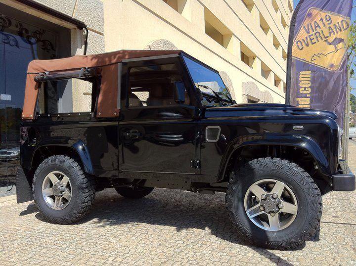 Land Rover Defender 90 2 4 Soft Top Black Edition Land