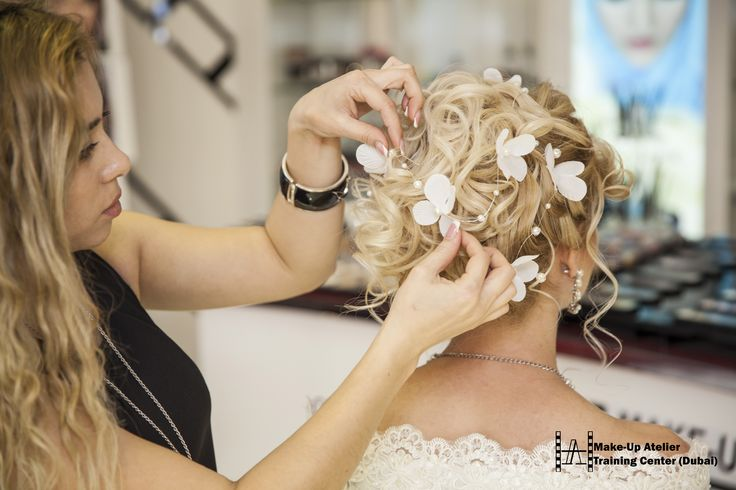 http://www.make-up.ae/courses/basic-hairstyling-course/ #course #hairstyling #courses #dubai