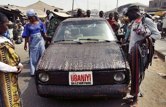 Não se sabe exatamente qual omodelo da picape de Ojo Obaniyi, mas pela investigação de R7 Carros trata-se de uma Volkswagen Caddy antiga, o...