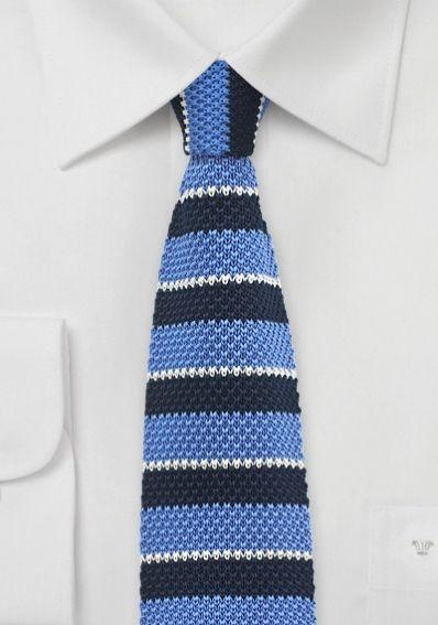 Krawatte gewirkt himmelblau navyblau