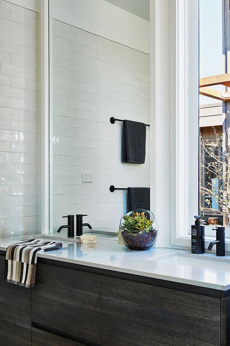 Hamlan Homes bathroom #BancooraRetreat #MountDuneed #Geelong