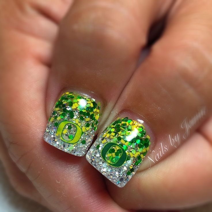 Oregon Duck Nails by Jamie Duffield at Polished Nail Lounge Eugene, Oregon #gameday ready!! #GoDucks #WinTheDay for appointments call 541-556-8337 or BOOK ONLINE! www.styleseat.com/jamieduffield